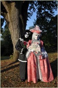 un duo de costume à disposer pour les amateurs... album.ashx_.jpgeve-s-rene-et-agnes-portet-a-moutiques-199x300