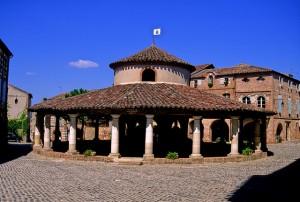 la halle centrale d'Auvillar, photo OT