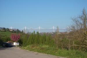 le célèbre viaduc de Millau vu de notre résidence camping